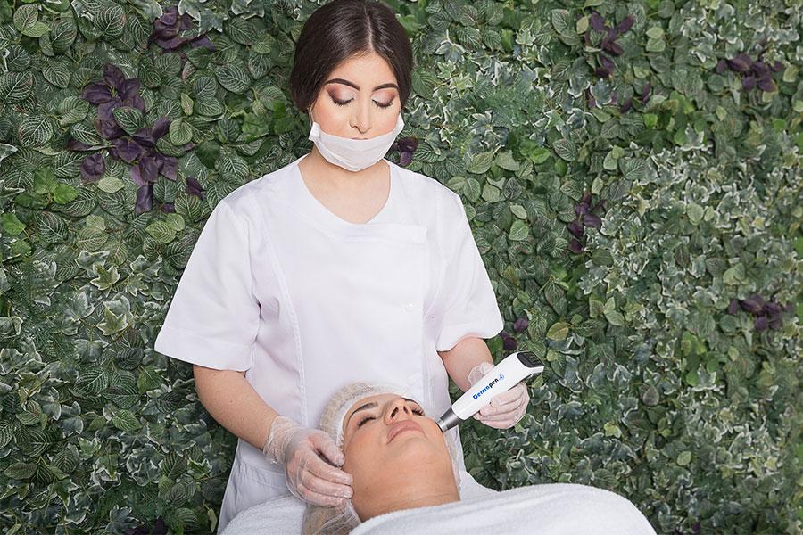 Dermapen gezichtsbehandeling